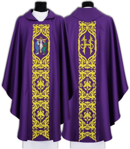 Gothic Chasuble Crucifixion model 588