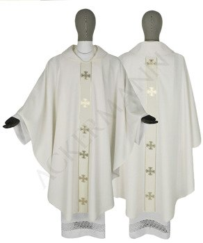 Gothic Chasuble Maltese Crosses model 104